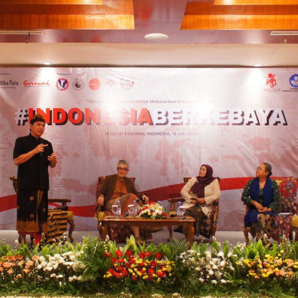 ILKOM UPH Declares #IndonesiaBerkebaya In Collaboration With KPK Indonesia