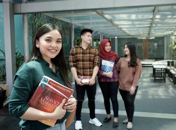 UPH Kampus Surabaya Membuka Pendaftaran Calon Mahasiswa Tahun Akademik 2020/2021.